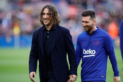 Puyol y el FC Barcelona se pronunciaron en Twitter tras la goleada ante el Sevilla (Reuters)