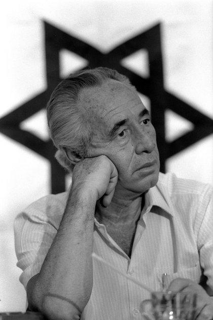 El entonces Primer Ministro israelí, Shimon Peres, en 1986 (Reuters)