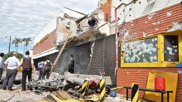 Así quedó el edificio de Prosegur tras el ataque