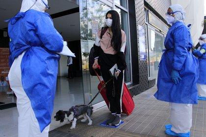 Colombia acumula 211.038 contagios por COVID-19 y muertes ascienden a 7.166