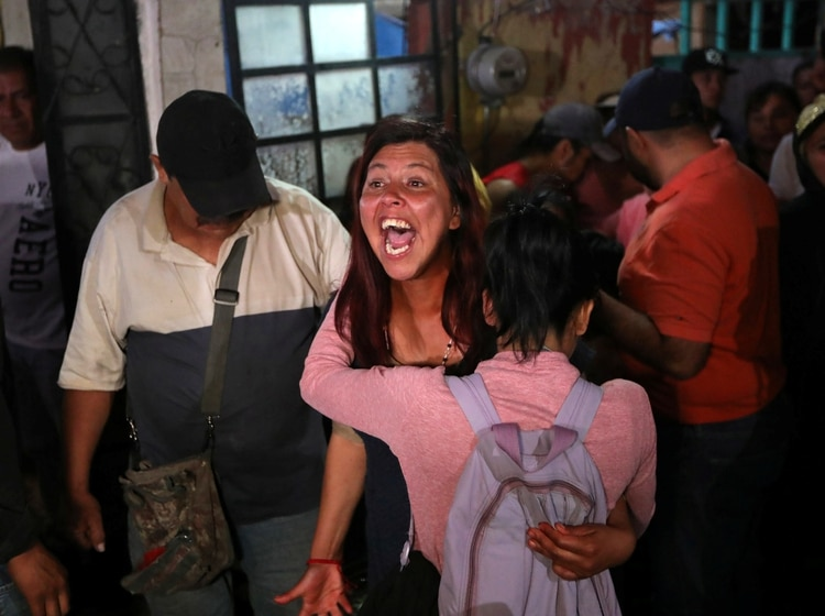 El pedido de la madre de Fátima fue el de justicia, pero también para todas las mujeres que han sido asesinadas además de su hija (Foto: Edgard Garrido/ Reuters)