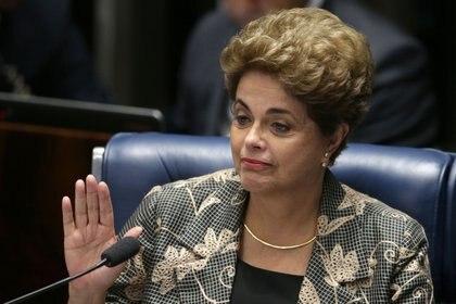 La salida de Dilma fue a través de un largo proceso parlamentario (AP)