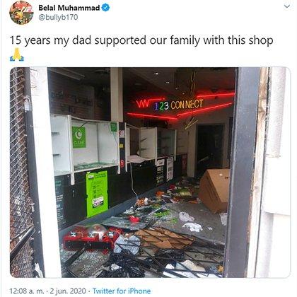 Así quedó la tienda de sus padres en Chicago