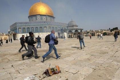 Ve el lanzamiento de cohetes sobre Jerusalén como una escalada inaceptable
