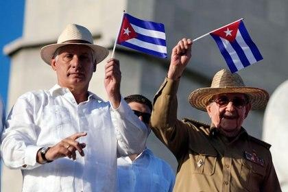 Miguel Díaz-Canel Bermúdez será el nuevo líder absoluto de Cuba: ostentará los cargos de presidente del país y primer secretario del Partido Comunista, el único habilitado (REUTERS/Alexandre Meneghini)