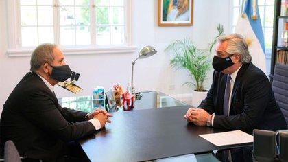 Alberto Fernández recibió al sindicalista Sergio Palazzo luego de firmar la paritaria de los bancarios