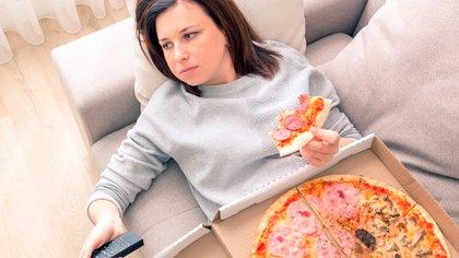 La comida hace que las personas se sientan mejor al liberar esos neurotransmisores en sus cerebros, el efecto desaparece rápidamente