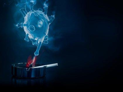 Los fumadores tienen casi dos veces más posibilidades de progresión grave de la enfermedad. (Shutterstock.com)