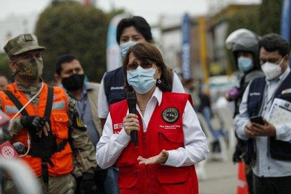 """28/01/2021 La ministra de Salud de Perú, Pilar Mazzetti..  La ministra de Salud de Perú, Pilar Mazzetti, ha alertado este miércoles de que la segunda ola de coronavirus por la que está pasando actualmente el país está mostrando """"un comportamiento más agresivo"""" que la anterior.  POLITICA SUDAMÉRICA PERÚ LATINOAMÉRICA INTERNACIONAL EL COMERCIO / ZUMA PRESS / CONTACTOPHOTO"""