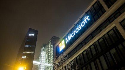 Microsoft busca reforzar su negocio de computación en la nube y expandir su influencia entre los desarrolladores de software