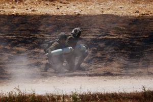 Israel lanzó un intenso ataque aéreo contra el grupo terrorista Hamas en la Franja de Gaza y destruyó su sistema de túneles