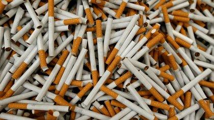 El encierro, la angustia y el ocio en la pandemia elevaron el consumo de tabaco en fumadores