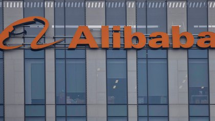 Alibaba es el accionista principal de Ant (EFE/EPA/ALEX PLAVEVSKI/Archivo)