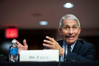 Anthony Fauci advirtió que EEUU podría tener 100.000 nuevos casos diarios de COVID-19 si no se toman medidas (Al Drago/Pool via REUTERS)