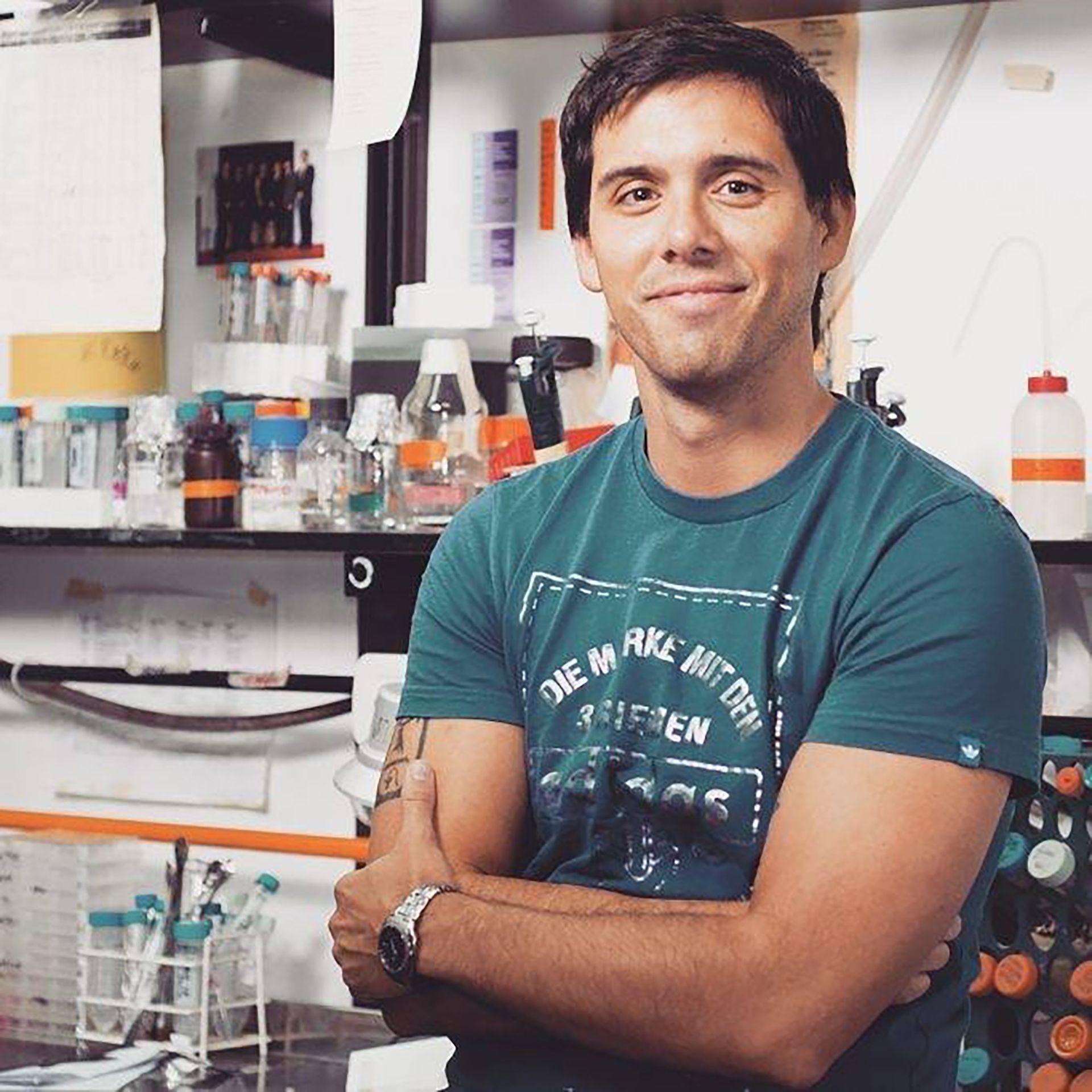 biólogo molecular Mariano Alló