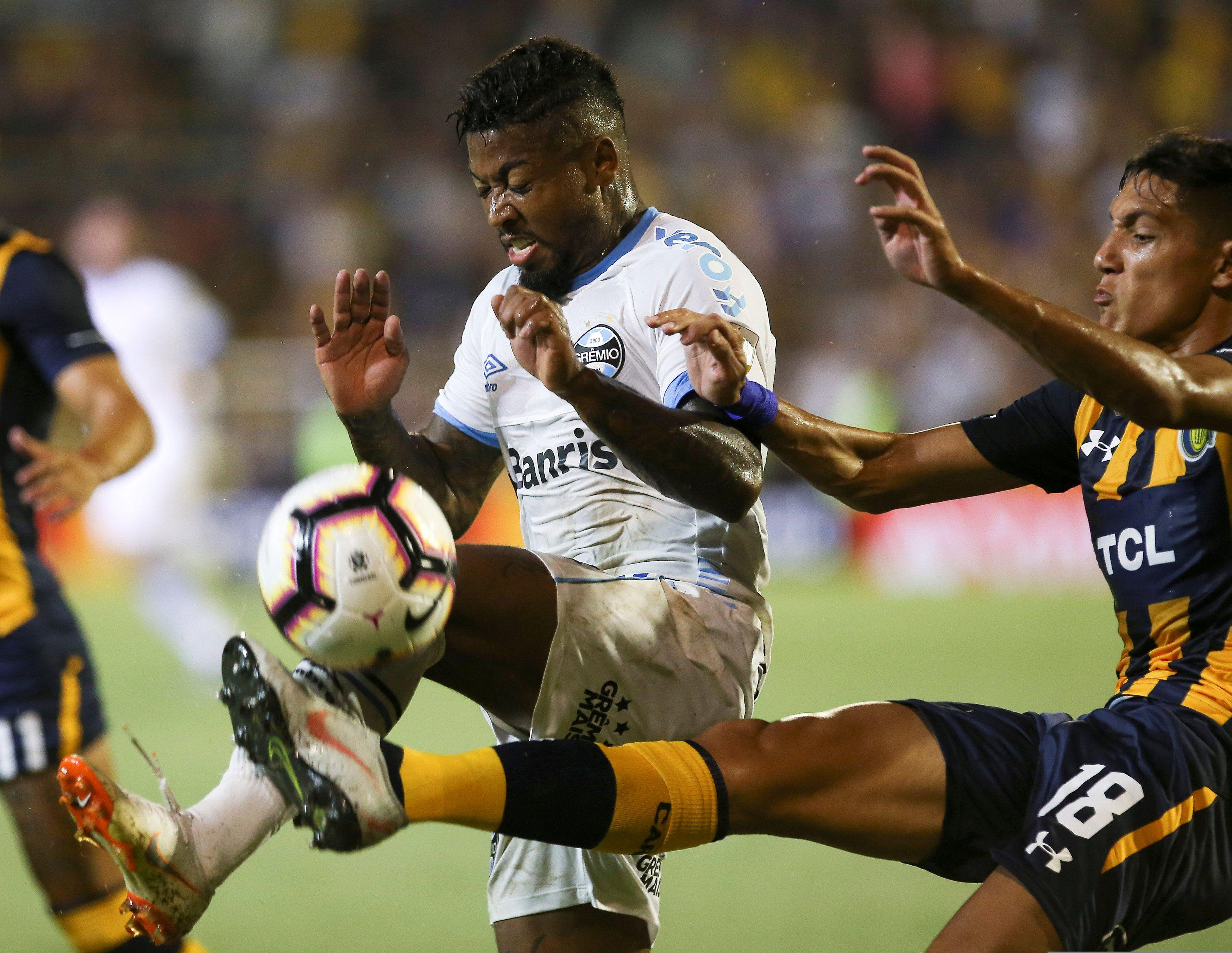 Nahuel Molina retorna a Boca (REUTERS/Agustin Marcarian)