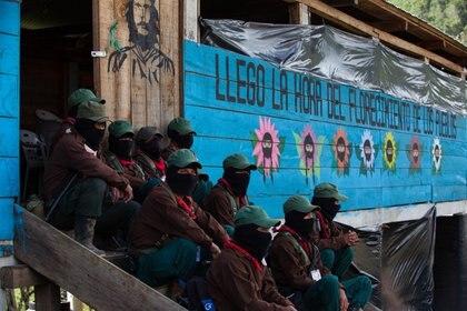 Milicianos del Ejército Zapatista de Liberación Nacional (Foto: Carlos Ogaz/CUARTOSCURO.COM)