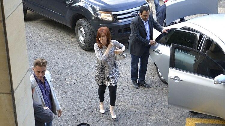 La ex jefa de Estado ingresandoesta semana a Comodoro Py (Gustavo Gavotti)