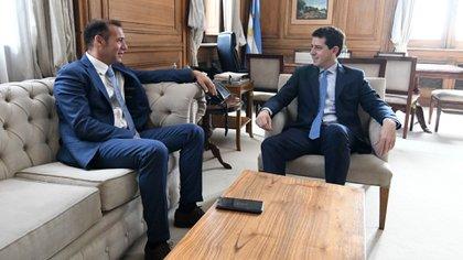 """El gobernador Omar Gutiérrez se reunió con el ministro de Interior, Eduardo """"Wado"""" de Pedro"""