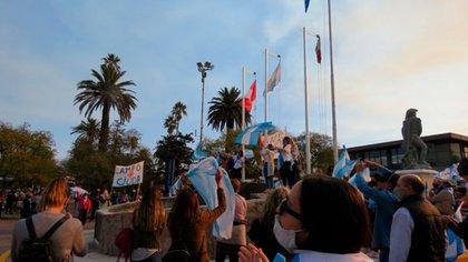 Marcha en la Plaza San Martín, en Jesús María, Córdoba