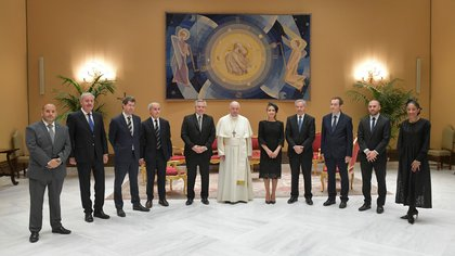 Pope meets Argentina's President Fernandez at the Vatican