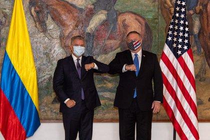 Iván Duque y Mike Pompeo (EFE)