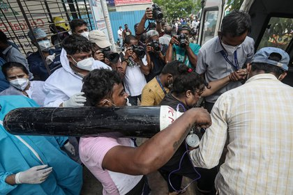 Bombay (India) . EFE/EPA/DIVYAKANT SOLANKI