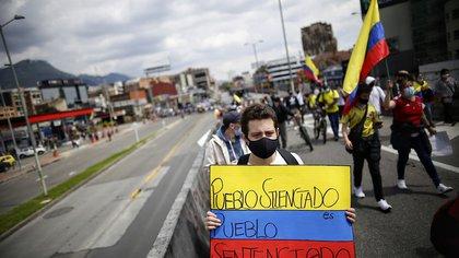 A 880 mil millones de pesos ascienden las pérdidas del comercio durante los días de paro, según Fenalco