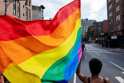 """""""Es espantoso que en 2020 California continúe ordenando que los jóvenes LGBTQ sean inscriptos en un registro de delincuentes sexuales en situaciones donde no se exige que la gente hetero sea inscripta"""", dijo Wiener. (REUTERS/Lucas Jackson)"""