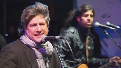 Amado Boudou, en campaña, rockeando con La Mancha de Rolando