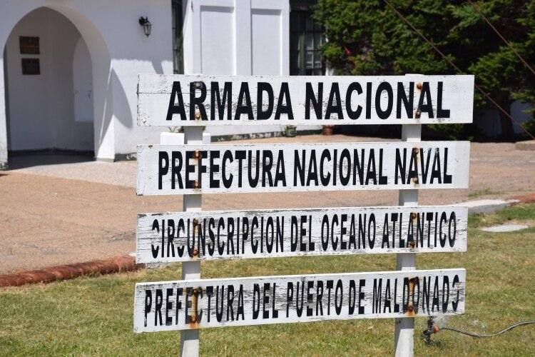 La Prefectura Uruguaya informó que no se permite la recalada y el desembarco de pasajeros en la bahía de Maldonado