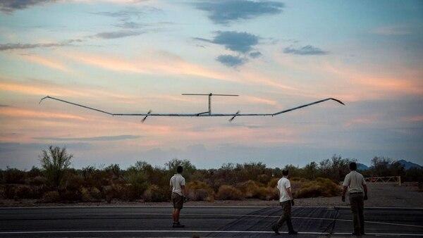 La aeronave Zephyr S es impulsada por energía solar