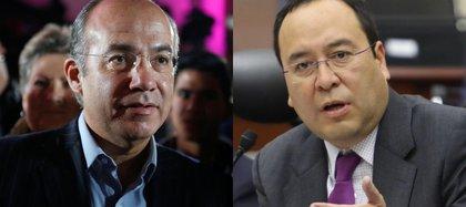 Ciro Murayama y Felipe Calderón (Foto: Reuters/Cuartoscuro)
