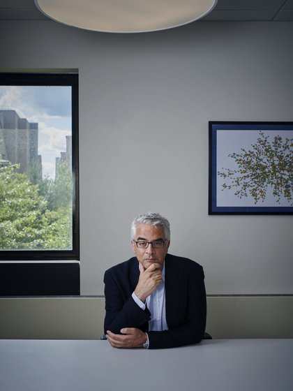 """""""Tenemos que vacunar al menos al 50% de las personas para llegar a la inmunidad de rebaño"""", sostiene Nicholas Christakis (Evan Mann)"""
