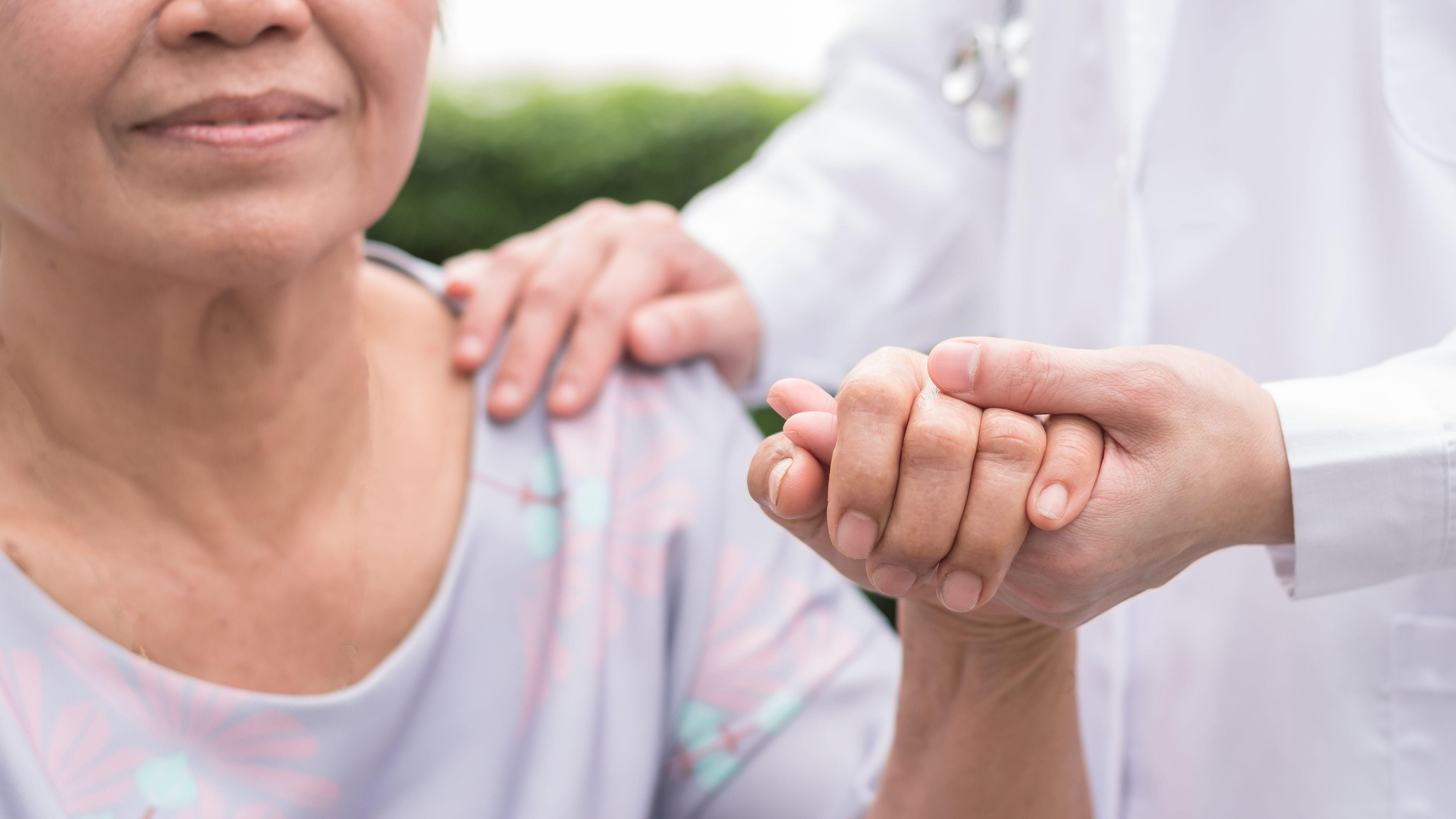 El acceso al alivio del dolor es un derecho humano que constituye parte esencial del acceso al cuidado de la salud (Shutterstock)