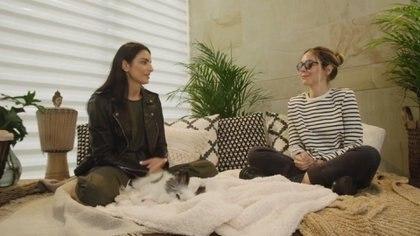 """""""Tengo pánico"""": la verdad de Aislinn Derbez y Camila Sodi sobre sus problemas para relacionarse con los fans y la prensa"""