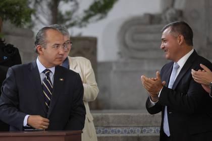 Felipe Calderón y Genero García Luna (FOTO: IVÁN STEPHENS /CUARTOSCURO)