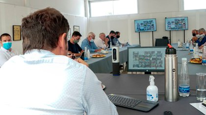 Del encuentro también participaron los intendentes del Conurbano, que lo hicieron a través de una teleconferencia
