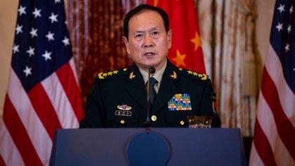 El ministro de Defensa de China llegará hoy en visita oficial a la Argentina (Bloomberg)
