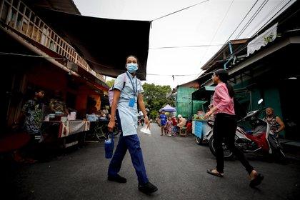 25 millones de personas se encuentran al borde de la pobreza por la pandemia de COVID-19 en Asia-Pacífico (EFE/EPA/DIEGO AZUBEL/Archivo)