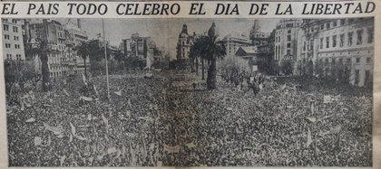 Cuando se conoció la noticia del derrocamiento de Juan D. Perón, la gente salió a la  calle. (Fotografía Diario La Nación)