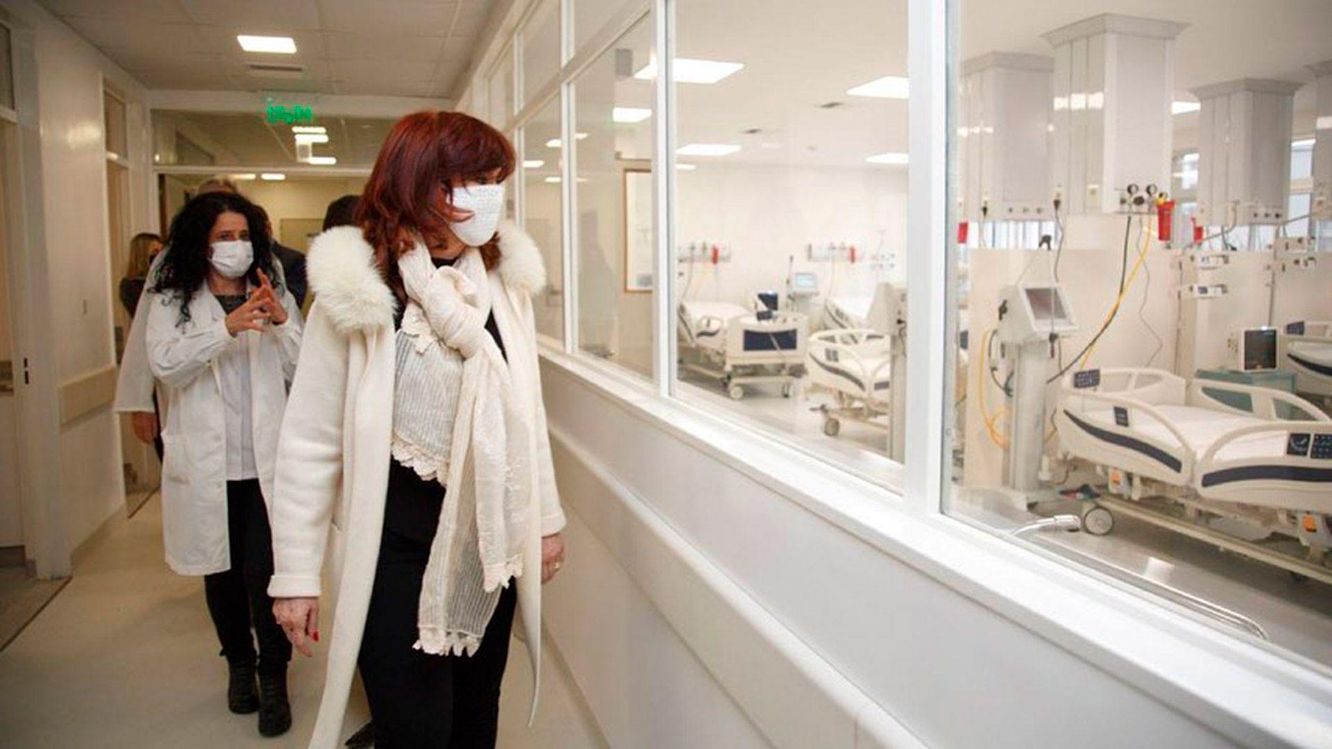 Cristina Kirchner Axel Kicillof hospital la Plata