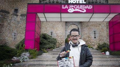 """Revelaron las primeras imágenes del rodaje de """"Érase una vez ... pero ya no"""": la esperada serie de Manolo Caro y Sebastián Yatra"""