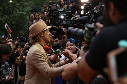 La prensa nacional y los fans se congregaron en un centro comercial al norte de la capital (Foto: Juan Vicente Manrique/Infobae)