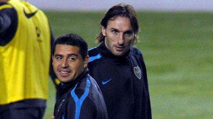 Riquelme y Schiavi compartieron un exitoso paso como futbolistas de Boca