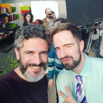 El youtuber, junto a Leonardo Sbaraglia