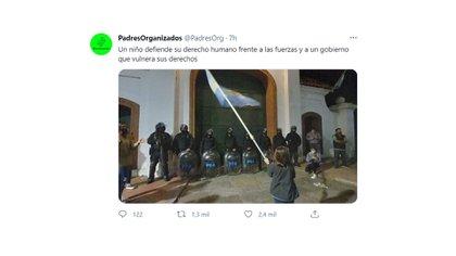 Los padres de AMBA manifestaron su indignación por el cierre de las escuelas y la protesta de un niño en Olivos se hizo viral
