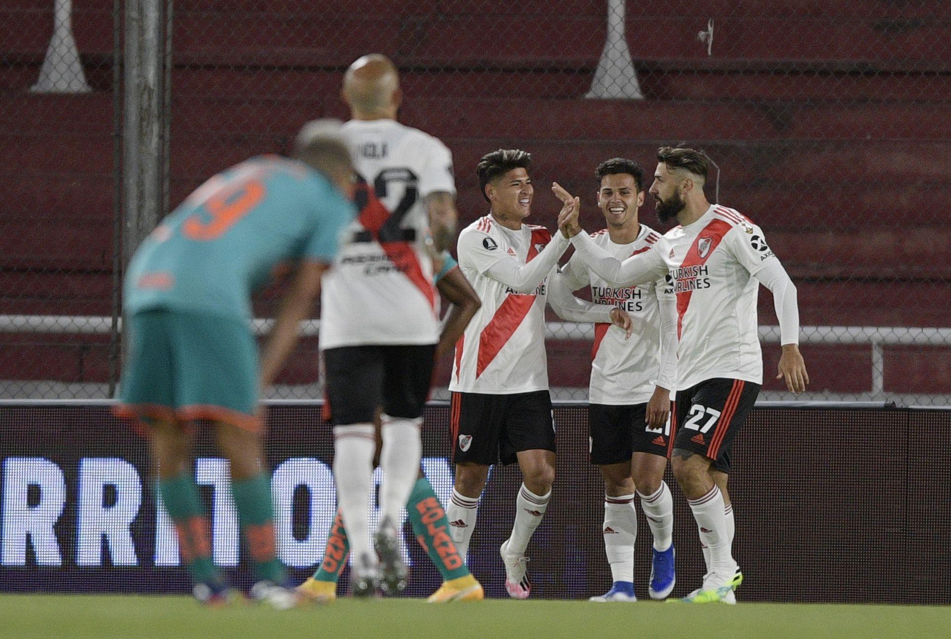 River goleó 3 a 0 a Liga de Quito y aseguró su pasaje a octavos de final (REUTERS/Juan Mabromata)