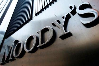 FOTO DE ARCHIVO. El logo de Moody's en Nueva York, Estados Unidos. 2 de agosto de 2011. REUTERS/Mike Segar