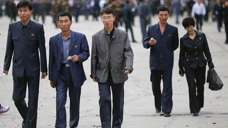 760a7271b4 La moda en Corea del Norte  un secreto a voces en todo el país salvo ...